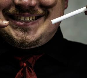 Dente de fumante