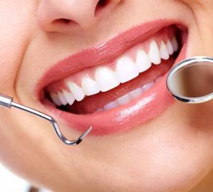 Planos dentários que cobrem implantes