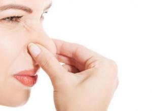 como curar mau hálito do estomago