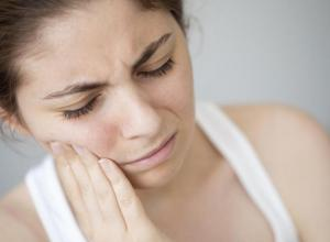 dor de dente a noite