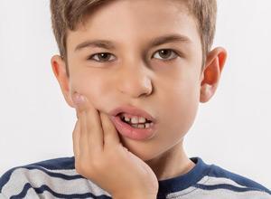 dor nos dentes superiores