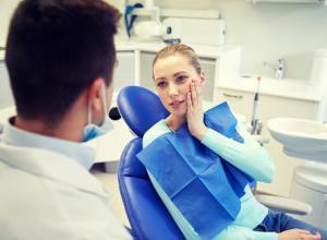 Dor nos dentes superiores: o que pode ser?