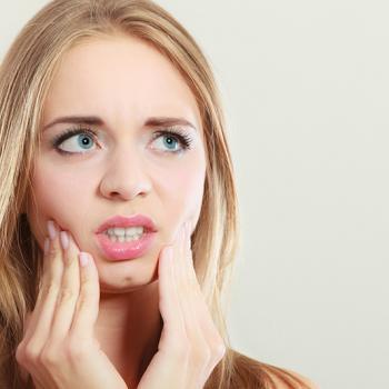 como aliviar dor de dente siso
