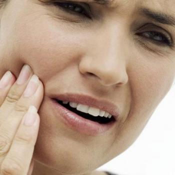 como desinchar a bochecha por causa do dente